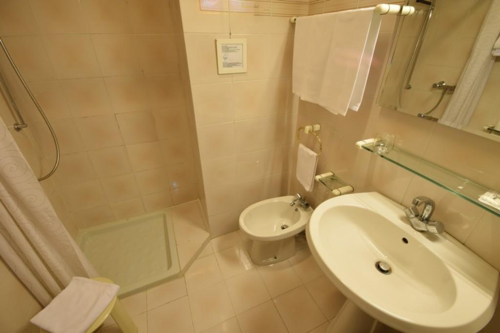 Twin Bed Room - Euromotel Croce Bianca Verona